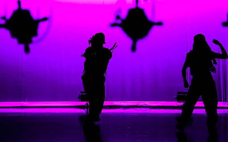 ステージ一体型ダンススクールの音づくり